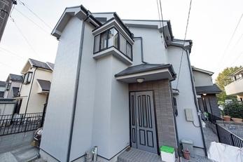 築年数も15年を過ぎ、同じ分譲地で内でもメンテナンスをしていない家が少なくなり、10年くらい保つ塗料でのメンテナンスを考えてガイソーHPに問い合わせました。