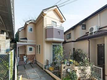 近所で施工していて、紹介していただきました! 屋根がご近所さんと一緒でパミールなので、 カバー工法希望で、外壁は耐久のいいものが良いです。
